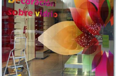 Decoración sobre vidrio